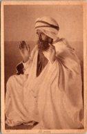 Bedouin Priest In Traditional Costume La Prieste 1943 - Religions & Beliefs