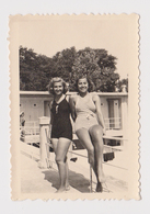 #38905 Vintage Orig Photo Two Sexy Lady Woman W/Swimwear Closeness Beach Portrait - Personas Anónimos