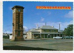 AUSTRALIA - AK 353587 Coonabarabran - Historic Court House And Memorial Clock - Australia