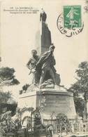 """.CPA  FRANCE 17 """"La Rochelle, Monument Du Souvenir Français"""" /Guerre De 1870 - La Rochelle"""