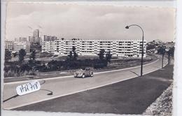 SAINT-ETIENNE- QUARTIER BEAULIEU-MARANDINIERE- BELLE 2 CV CITROEN - Saint Etienne