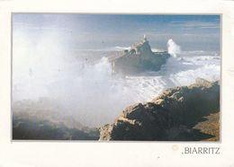 Cp , 64 , BIARRITZ , Tempête Sur Le Rocher De La Vierge - Biarritz