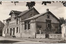 CHAMPDEUIL - CPSM : La Mairie Et L'Ecole - Frankrijk