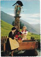 Mösern (1200 M) Bei Seefeld In Tirol - Alter Brunnen Vor Den Inntaler Hof -  (Austria) - Trachten - Seefeld