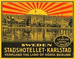 "D9324 "" SWEDEN - STADSHOTELLET - KARLSTAD - A LEADING HOTEL IN SWEDEN"" GOMMATA AL VERSO - ETICHETTA ORIGINALE, 1950. - Adesivi Di Alberghi"