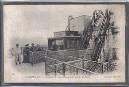 Carte Postale 13. Marseille  Ascenseur De Notre-Dame De La Garde  , La Sortie  Très Beau Plan - Notre-Dame De La Garde, Ascenseur