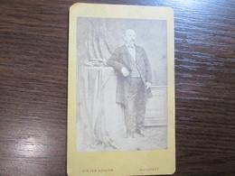 Cabinet Card Photo Of Kiszer Nandor, Budapest   / Hungary - Anonyme Personen