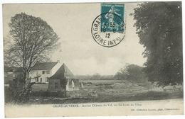 GRAND-AUVERNE Ancien Château Du Val, Sur Les Bords Du Vilan - France