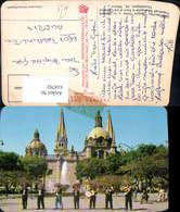 618792,Guadalajara Jal. Mexiko Mariachis Tipicos Frente A La Catedral Volkstypen Musi - Mexique