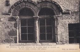 43----LA CHAISE DIEU--la Rue Boute-boeuf Possède Une Des Maisons Les Plus Antiques De La Ville--voir 2 Scans - La Chaise Dieu