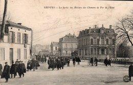 [17] Charente Maritime > Saintes La Sortie Des Ateliers Des Chemins De Fer De L Etat - Saintes