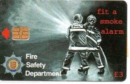 Pompier Fire Feu Feuerwehr Télécarte Guernsey Jersey Phonecard (D 511) - Feuerwehr