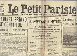 Le PETIT PARISIEN Du 30 10 1915 : Le Cabinet BRIAND , La Flotte Russe Bombarde VARNA, Rousski , Arriere Des Lignes Russe - Le Petit Parisien