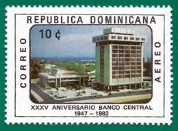 Rep. Dominicana. Dominican Republic. 1982. Scott # C376. 30 Aniversario Del Banco Central - República Dominicana