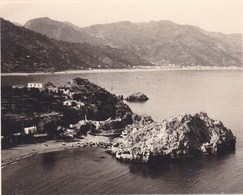 TAORMINA TAORMINE SAN AGOSTINO Vue Du CAP SAINT ANDRE 1926 Photo Amateur Format Environ 7,5 Cm X 5,5 Cm SICILIA - Luoghi