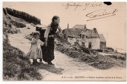 Equihen : Enfants De Pêcheurs Au Bord De La Falaise (Edit. A.C. N°207) - Autres Communes