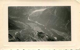 PHoto D'un Village Pris Du Haut D'une Montagne A Identifier - Plaatsen