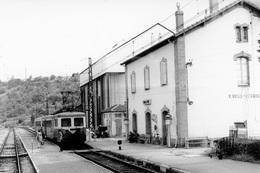 Saint-Rome-de-Cernon. Automotrice Z 7113. Cliché Jacques Bazin. 08-07-1972 - Trains