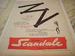 ANCIENNE PUBLICITE GAINE OU BAS SCANDALE 1957 - Vintage Clothes & Linen
