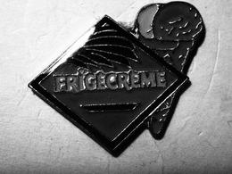 Pin's Frigecreme. Les Cornets De Glace - Banks