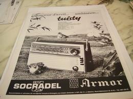 ANCIENNE  PUBLICITE TWISTY RADIO SOCRADEL ARMOR 1963 - Music & Instruments