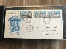Album Lindner Contenant  63 Lettres Enveloppes 1er Jour TAAF Et  KERGUELEN - Colecciones & Series