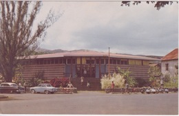 TAHITI - LA BANQUE DE L'INDOCHINE - VIEILLE AUTOMOBILE - Tahiti