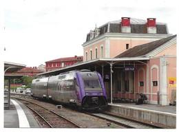 """Albi L' Autorail """" X-TER """" X 72587/72588 En Gare D' Albi-Ville Photo R. Gibiat - Albi"""