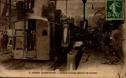 62-USINES D'ISBERGUES....ACIERIE THOMAS  (BASSIN DE COULEE) ...CPA ANIMEE - Isbergues