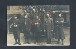 MILITARIA CARTE PHOTO MILITAIRE GROUPE DE SOLDATS 114e ECRITE DE BRESSUIRE : - Personen