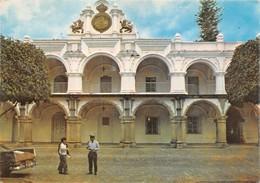 "0597 ""ANTIGUA GUATEMALA - GUATEMALA - PALACIO DE LOS CAPITANOS"" ANIMATA CART. ORIG. SPEDITA 1985 - Guatemala"