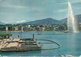 Geneve (Ginevra, Svizzera) La Rade Et Le Jet D'Eau - GE Ginevra