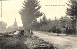 Gouvy - Entrée Du Village (animée, Phot E Desaix Edit.....adhésif) - Gouvy