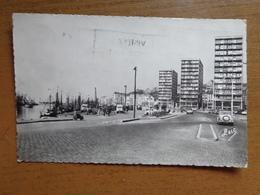 France / Boulogne Sur Mer, Quai Gambetta -> écrit - Boulogne Sur Mer