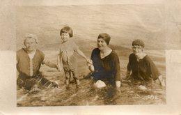 A La Mer.... - Personnes Anonymes