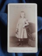 Photo CDV Penabert à Paris - Fillette En Pied Juliette Marie Eugénie Plum (1885-1899), Circa 1890-95 L448 - Photographs