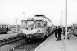 """Arvant. Autorail Panoramique X 4204. Train """"Le Cévenol"""". Cliché Jacques Bazin. 24-04-1968 - Trains"""