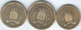 Netherlands Antilles - Beatrix - 1 (2010) 2½ (2005) & 5 Gulden (2010) (KMs 36-38) - Antilles Neérlandaises