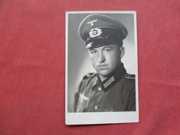 RPPC  German  Army Soldier In Field       Ref 3421 - War 1939-45