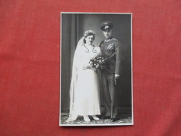RPPC  German  Army Soldier  With Wife    Ref 3421 - War 1939-45