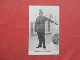 London Life  The City Policeman     Ref 3421 - Police - Gendarmerie