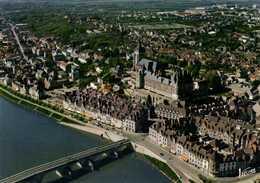 CPSM Grand Format GIEN  Vue Aérienne Pilote Et Operateur R Henrard La Loire Et La Ville Colorisée RV  Edit Valloire - Gien