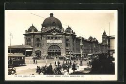 AK Melbourne, Flinders Street Station, Bahnhof Mit Strassenbahn - Melbourne