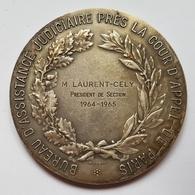 MEDAILLE - REPUBLIQUE FRANCAISE - BUREAU D'ASSISTANCE JUDICIAIRE PRES DE LA COUR D'APPEL DE PARIS - BRONZE - 1965 - Professionals / Firms