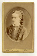W8D06/ CDV Foto Junge Frau  Atelier Gustav Weber, Hamburg Altona Ca. 1890 - Fotos