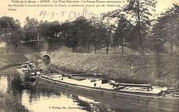 08 - Givet - Les Trois Fontaines - Le Bateau-Toueur Remorquant (animée, Péniche, 1908) - Givet