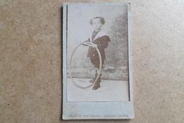 Carte De Visite - Enfant Avec Cerceau - Costume Marin - Association Photographique - PARIS - Photos