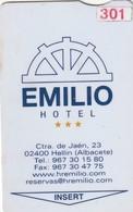 SPAIN. HOTEL KEY CARD. EMILIO HOTEL. HELLIN (ALBACETE). ESP-09706. (024). - Hotelkarten