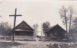 AK Kozenyaty - Holzhäuser Baracken Mit Kreuz - Belarus - Ca. 1915 (41807) - Weißrussland