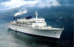 "Ship Postcards - Passenger   Ship : ""Enchanted Isle   ""   Read Description - Ships"